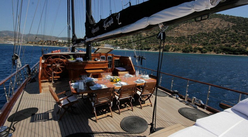 mavi-yolculuk-kiralik-tekne-14
