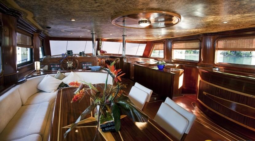 Kiralık Lüx Yat Tekne 07