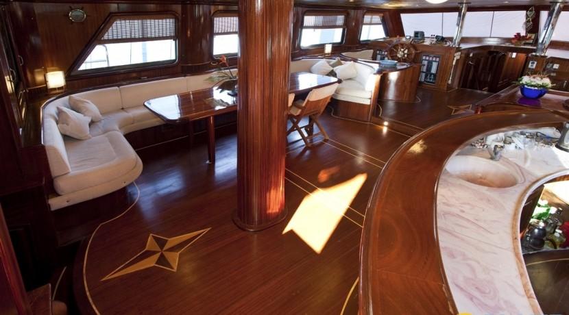 Kiralık Lüx Yat Tekne 09