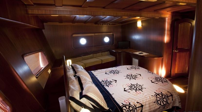 Kiralık Lüx Yat Tekne 21