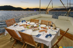 Ucuz Kiralık Tekne Marmaris 18
