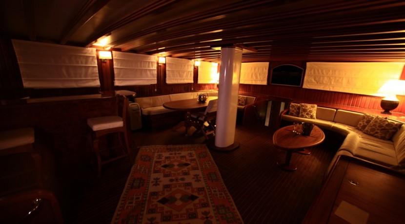 bodrum-mavi-yolculuk-tekne