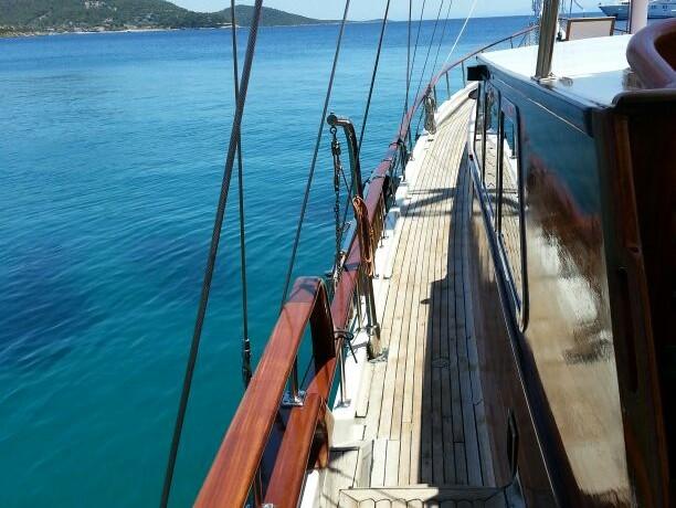 bodrum-mavi-yolculuk-tekne-kiralama-4