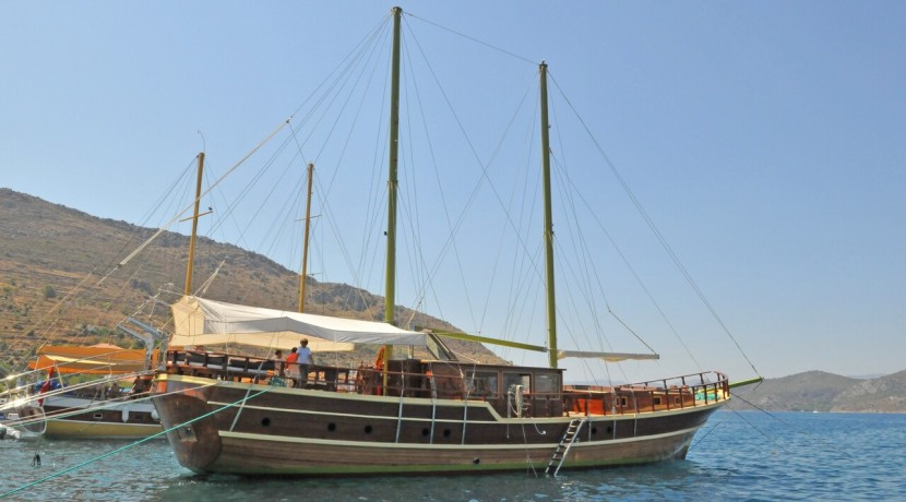 mavi-yolculuk-kiralık-tekne-10