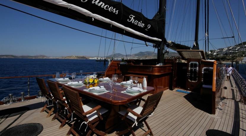 mavi-yolculuk-kiralik-tekne-12