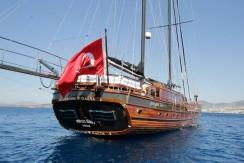 mavi-yolculuk-kiralik-tekne-8