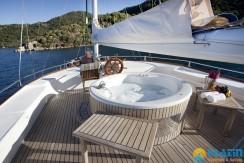 Kiralık Lüx Yat Tekne 06