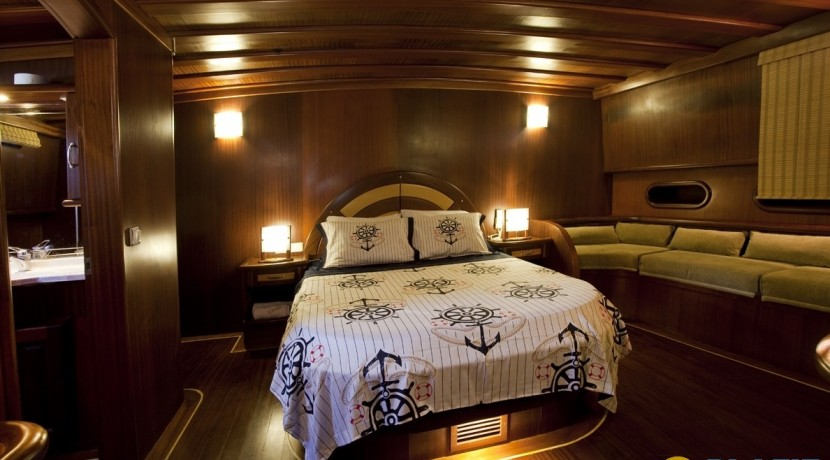 Kiralık Lüx Yat Tekne 19